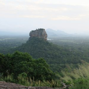 Rocher de Sigiriya depuis Pidurangala